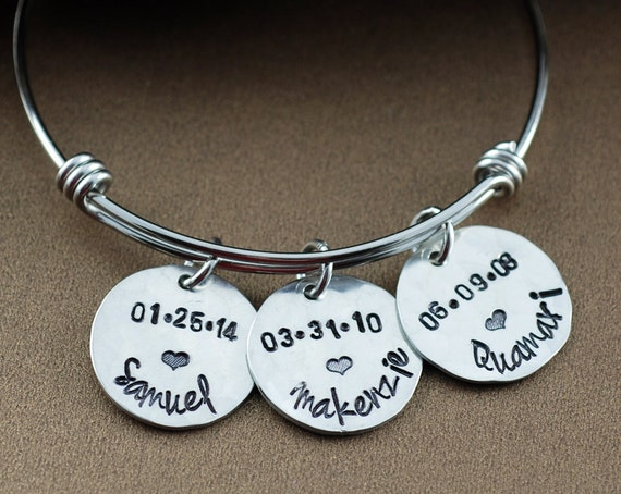 Silver Name Bracelet, Personalized Mom Bangle Bracelet, Silver Bangle Charm Bracelet, Custom Name Bracelet, Mothers Bracelet, Birthdate Gift
