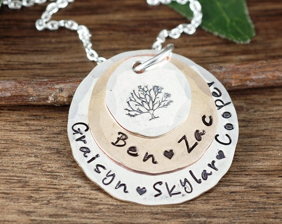 Personalized Family Tree Necklace, Tree of Life Necklace For Grandma, Silver Tree Necklace, Gift for Mom, Gift for Grandma, Grandma Necklace