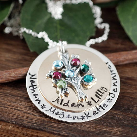 Personalized Family Tree Necklace, Grandmother Necklace, Tree of Life Pendant, Christmas Gift for Grandma, Grandma Necklace, Mothers Day