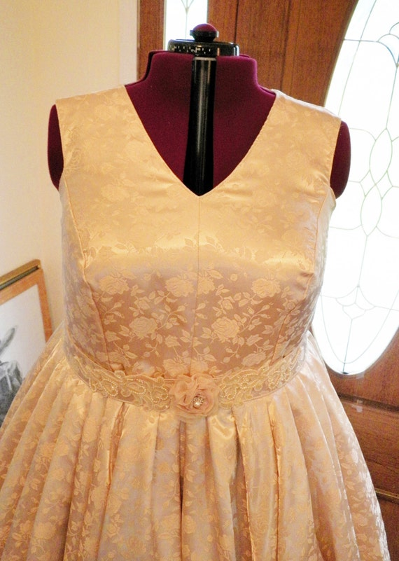 Plus Size Wedding Dress, Plus Size Dress, Plus Size Retro Dress, Plus Size Vintage Style Wedding Dress, Plus Size Dresses, handmade