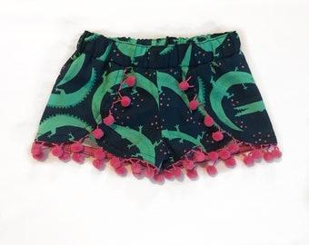 Alligator Shorts + pom pom shorts