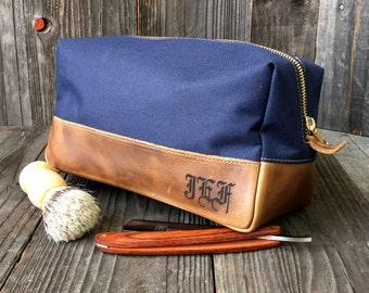 Personalized Dopp Kit - Mens Toiletry Bag - Groomsmen Gift - Leather Dopp  Kit - Navy   Brown c0c4083522