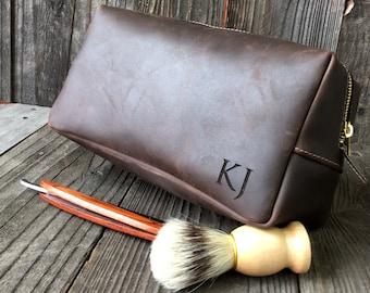 Mens Toiletry Bag - Personalized Dopp Kit - Leather Dopp Kit - Groomsmen Gift - Oil Brown