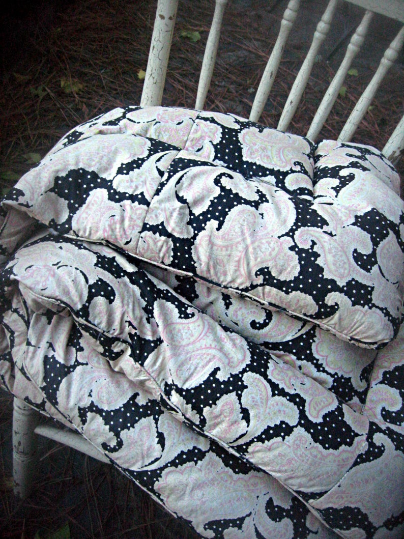 Vintage feather comforter black polka dots with pink paisley image 0