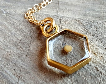 Mustard Seed Necklace - Christian Faith Gold Hexagon Necklace - Bridesmaids Gift - Baptism Gift - Confirmation Gift  - Graduation Gift