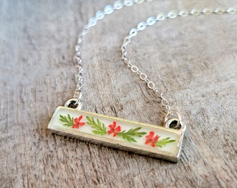 Real Flower Necklace - Red Flower Bar Necklace - Nature Jewelry - Real Flower Jewelry -  Queen Anne's Lace