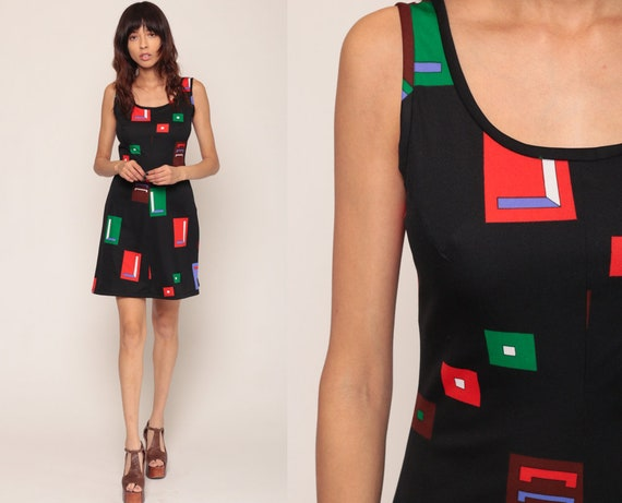 Mod Mini Dress 70s Geometric Print Boho Hippie Gogo Minidress Shift Dress Sleeveless Black Sheath Vintage 1970s Twiggy Go Go Small Medium