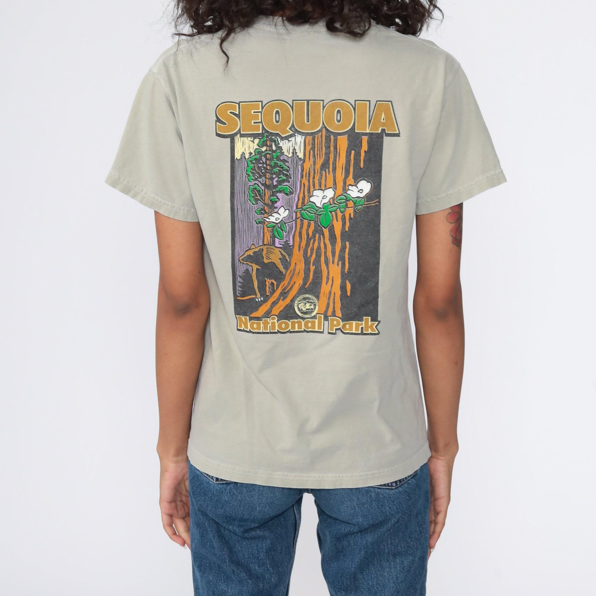 Sequoia National Park Shirt Bear TShirt Animal T Shirt 90s Graphic Tshirt Wildlife Shirt 1990s Retro Taupe Small