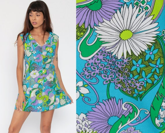 70s Mini Dress Psychedelic Floral Print Blue Bohemian Babydoll 1970s Boho Mod Vintage Empire Waist Twiggy Sleeveless Purple Medium