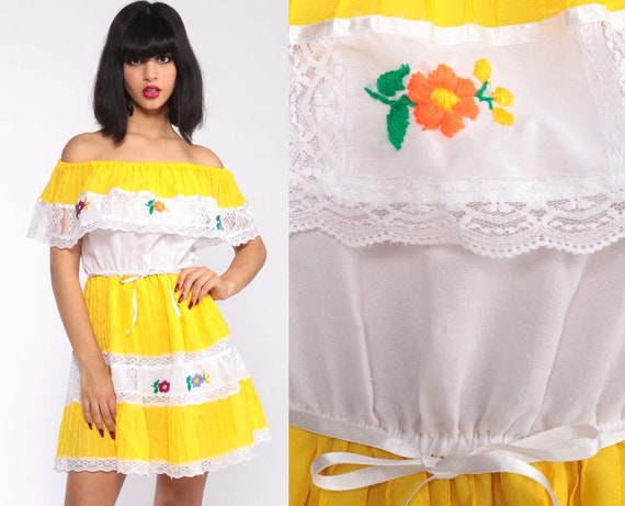 Off Shoulder Dress Mini Boho Mexican Embroidered Lace Peasant Dress Sundress Yellow White Hippie Bohemian High Waist Vintage Extra Small xs