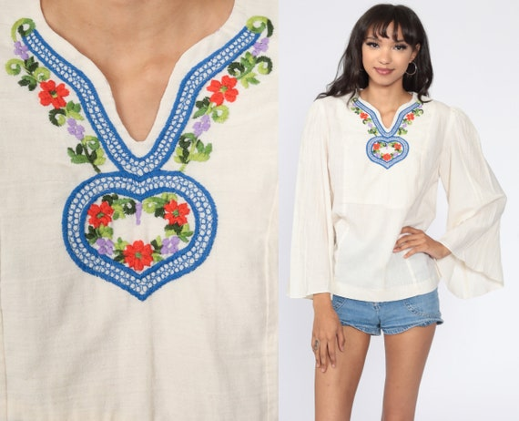 Embroidered Blouse BELL Sleeve Top Cream 70s Hippie Shirt Cotton Boho Tunic Top 1970s Bohemian Ethnic Vintage Floral Festival Medium