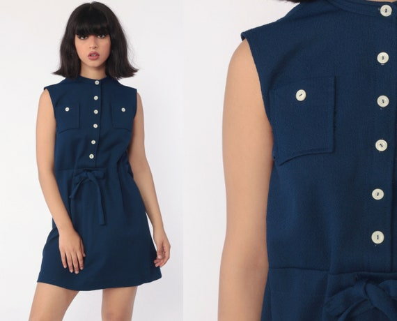 Mod Mini Dress Blue Button Up Dress 60s Shift DRAWSTRING BELT 1960s Gogo Vintage Sixties Twiggy Funnel Neck Sleeveless MiniDress Medium