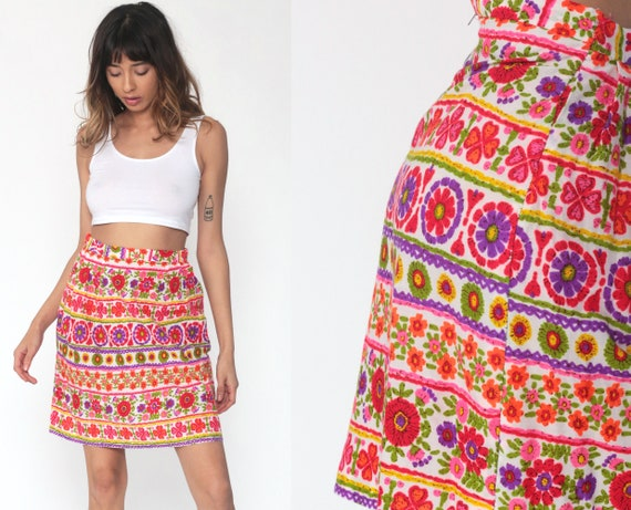 Floral Mini Skirt 70s High Waisted Hippie Boho Skirt Psychedelic Print Skirt Retro Bohemian Skirt Vintage Pink Purple Small