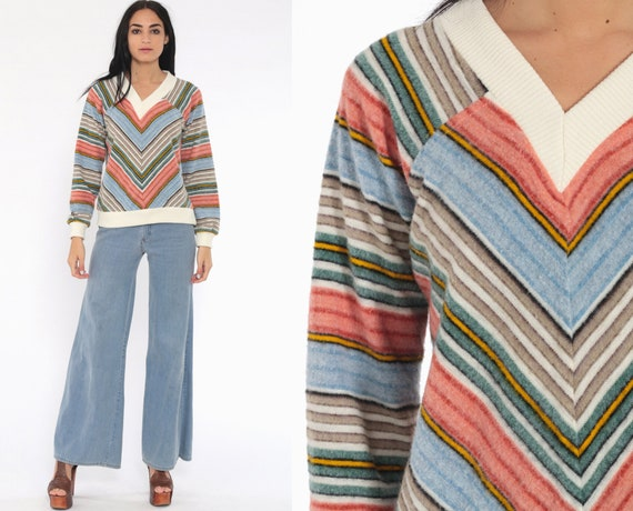 Fleece Striped Sweater CHEVRON Stripe 70s Boho Hippie Sweater Jantzen Retro Pullover V Neck Bohemian Vintage Pink Blue Green Small