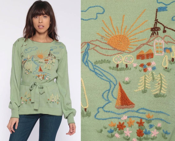 70s Boho Sweater SUNSHINE VALLEY Shirt Hippie Novelty Print Sweater Embroidered 1970s Bohemian Knit Pullover Green Belted Extra Small xs