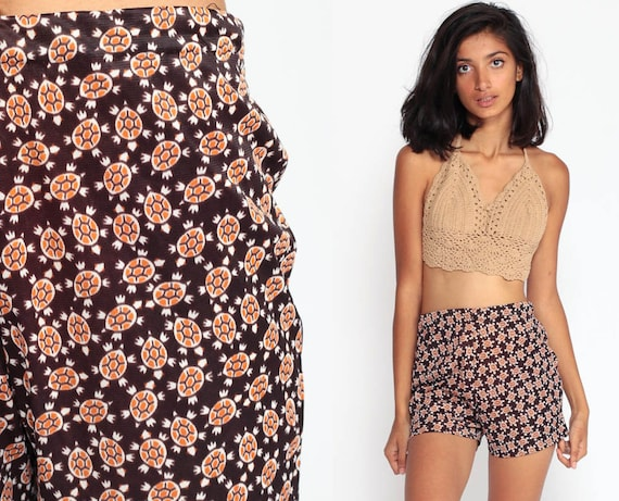 70s Shorts Mod TURTLE PRINT High Waisted Shorts Hot Pants Novelty Animal Print 60s Vintage Indie Hipster Retro 1970s Extra Small xs
