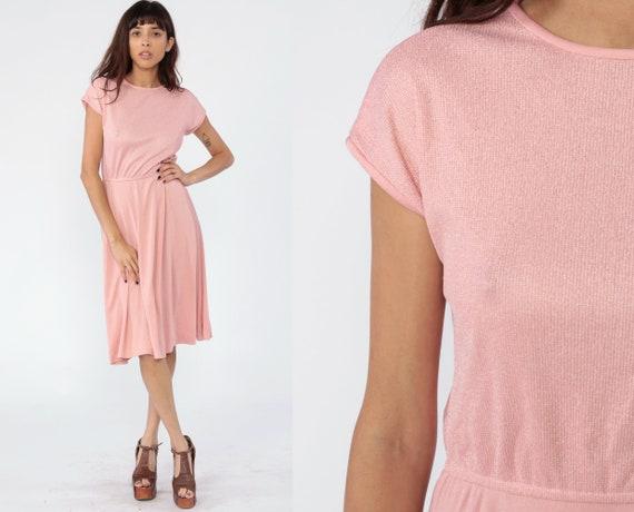 Baby Pink Dress 70s Midi Dress Boho High Waisted Pastel Pink Knit Dress Casual 1970s CAP SLEEVE Hipster Vintage Bohemian Secretary Small