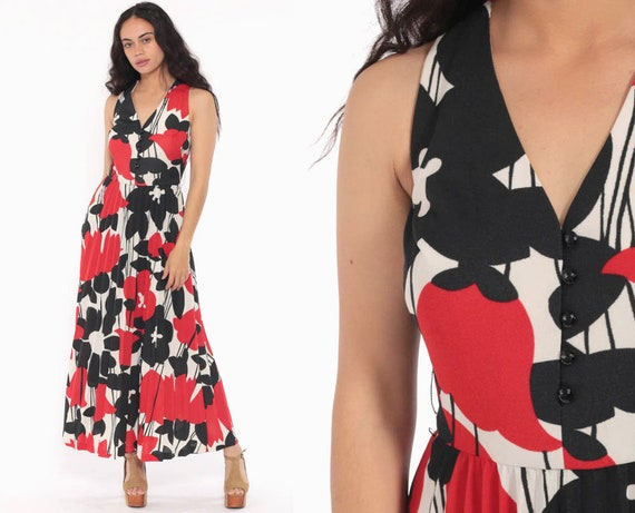 Floral Maxi Dress 70s PLEATED Long High Waist Boho Print Hippie Bohemian 1970s Red Black White Sleeveless Vintage Extra Small xs s