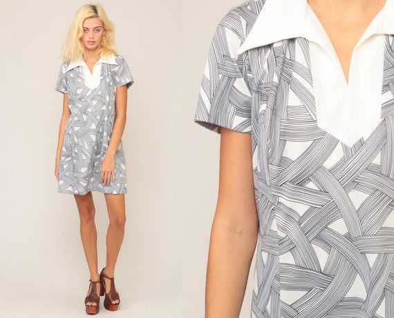 Space Age Dress XL Plus Size Dress Mod Mini 60s Shift Stewardess Gogo 70s Swirl Print White Dress Twiggy Vintage Short Sleeve Extra Large xl