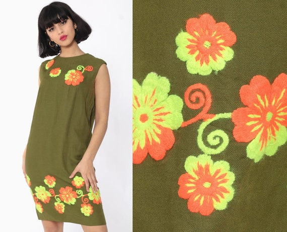 60s Embroidered Dress Mod Mini Olive Wool Blend Shift Gogo Space Age Sleeveless Vintage Sixties Twiggy Small