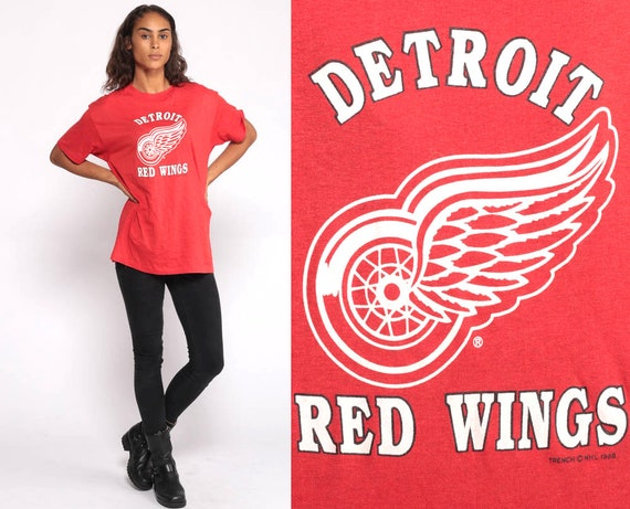 Hockey Shirt Detroit RED WINGS Shirt Graphic Tee Sports Retro Tshirt 90s Red T Shirt Sportswear NHL Medium Large
