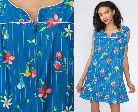 Floral Lounge Dress 70s Mini Hippie Dress 1970s Shift Boho Vintage Sleeveless Dress Blue Summer Front Zip Up Medium