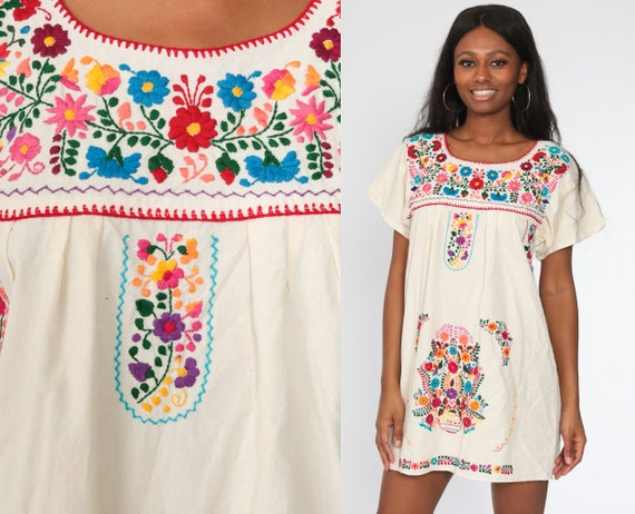 Mexican Embroidered Dress Off-White Mini Boho Cotton Tunic Hippie Floral Ethnic Bohemian Cream Vintage Embroidery Traditional Medium