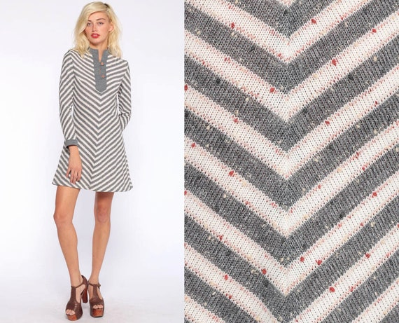 60s Mini Dress CHEVRON STRIPE Dress Mod Flecked Grey R & K Originals Shift Twiggy 70s Space Age Hippie Boho Gogo Long Sleeve Extra Small xs
