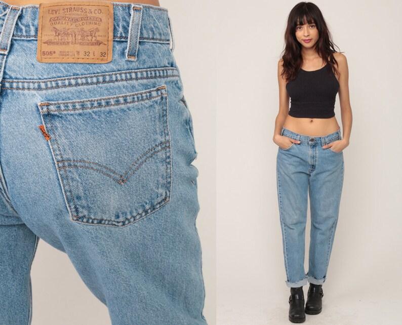 2437f913dbd53 Levis Mom Jeans 30 High Waist Jeans 90s Jeans Blue Jeans Levi
