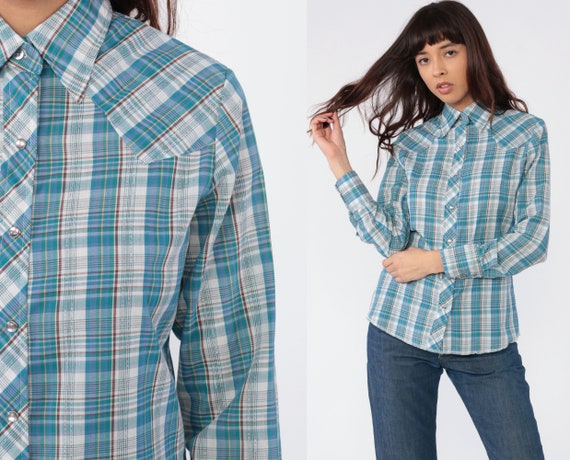 Metallic WRANGLER Shirt 70s Western Plaid Pearl Snap Blouse Button Up Top Blue Vintage Cotton 1970s Checkered Vintage Small Medium