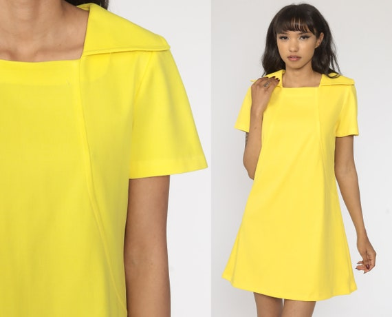 Mod Mini Dress Yellow Dress 60s Shift Poly Short Sleeve Dress 1960s Gogo Vintage Sixties Twiggy Plain 70s Dress Minidress Large