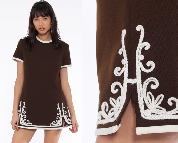 Mod Soutache Dress 60s Shift Brown Micro Mini 70s Space Age Polyester Vintage Short Sleeve Twiggy Ringer extra small xs