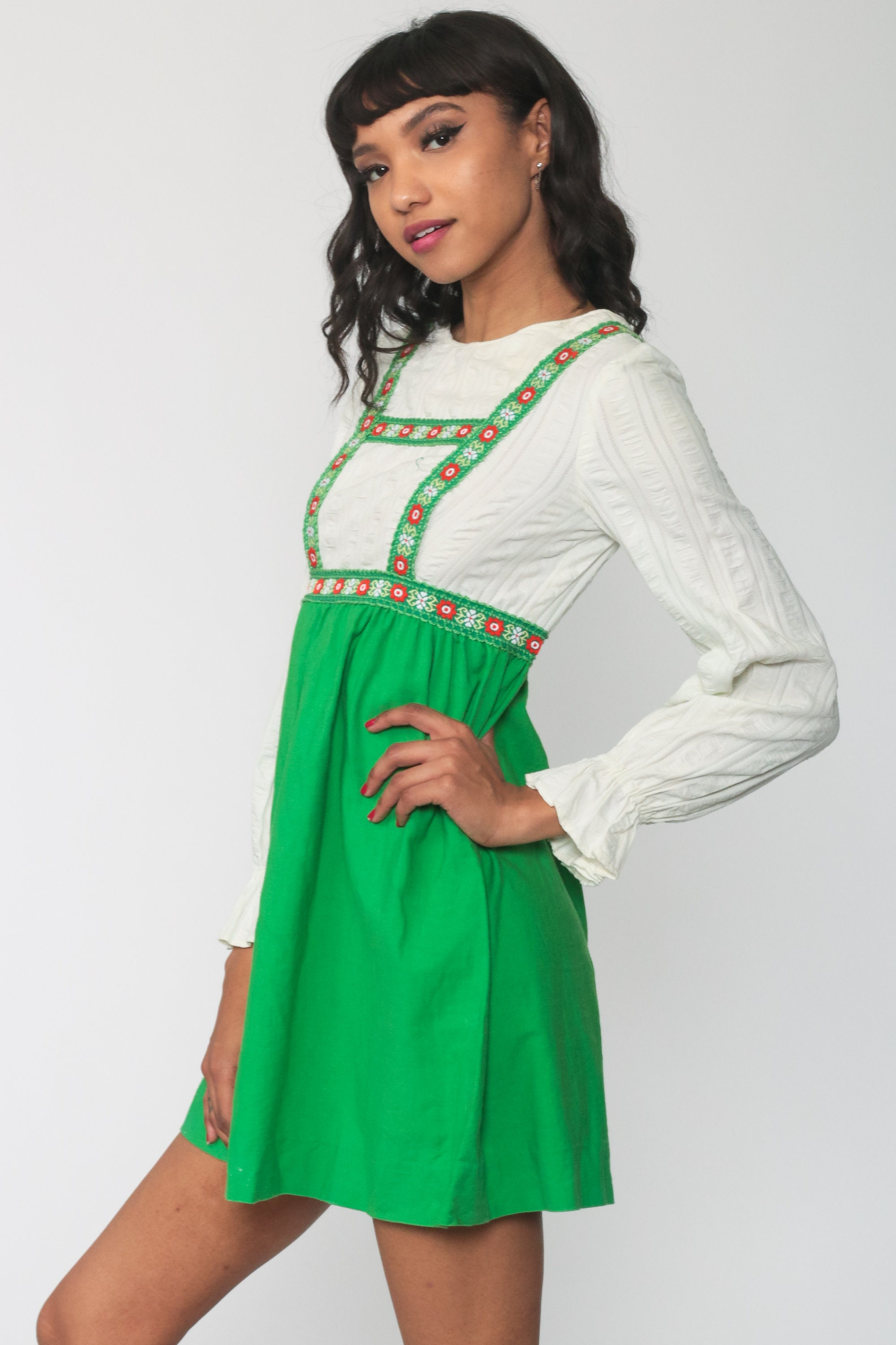 1960s Mini Skirt  60s Blue Green Floral Lace Style Embroidered Short Skirt  Women\u2019s Small
