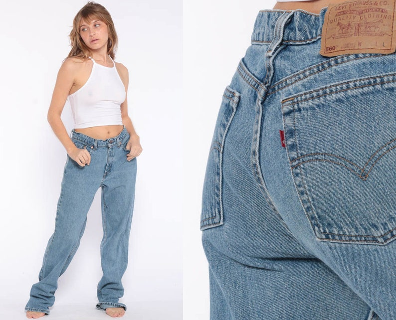 d4bb3b7ed6754 Levis Mom Jeans High Waist Jeans 80s Jeans Blue Jeans Levi