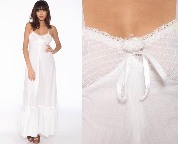 White Sun Dress Maxi Dress 70s Bohemian Jody T Empire Waist Bohemian Sundress 1970s Boho Vintage Smocked Summer Semi-Sheer Extra Small xs