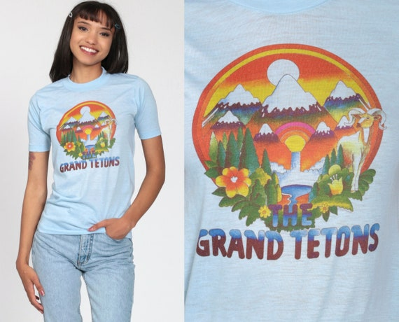Wyoming Shirt 70s THE GRAND TETONS Mountain Shirt National Park T Shirt Graphic Tshirt 80s Blue Vintage Hippie Psychedelic Extra Small xs