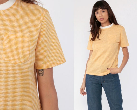 Ringer Shirt 70s HOUNDSTOOTH Print Tee Ringer TShirt Yellow Pocket Tee Top Retro 1970s Vintage White Collar Short Sleeve Small Medium