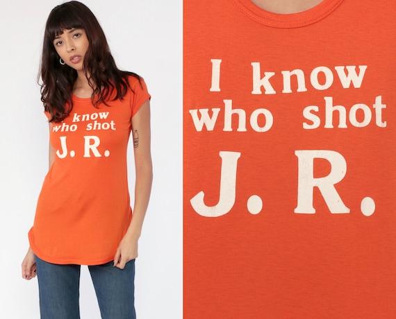 Dallas Shirt 80s I Know Who Shot JR Ewing Top Tv Shirt Cowboy Television Shirt Graphic Vintage Slogan T Shirt 1980s Orange Small