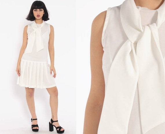 60s Mini Mod Dress White Scooter PLEATED Ascot Gogo Drop Waist 1960s Vintage Tennis Necktie Sixties Twiggy Sleeveless Small Medium