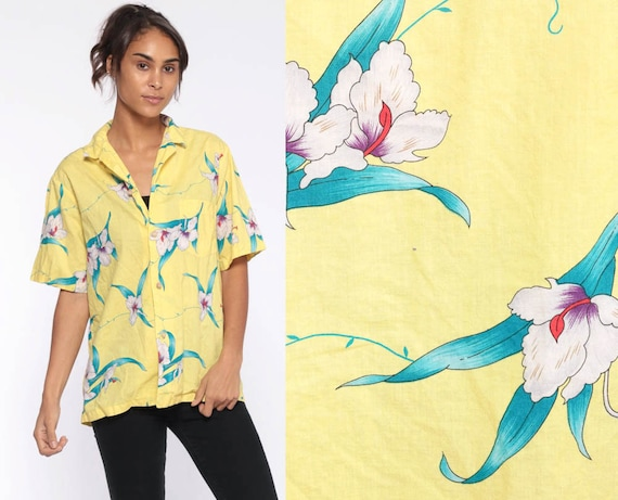 Yellow Tropical Shirt Floral Hawaiian Shirt 80s Floral Blouse SURFER Button Up Shirt Vintage Beach Sea Resort Pastel Vacation Medium Large