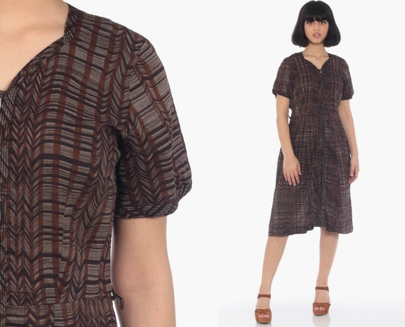 50s 60s Day Dress Brown Striped Print Knee Length 60s Day Zip Up Pin Up Midi Vintage Mad Men High Waist 1960s Dress Fitted Medium 8