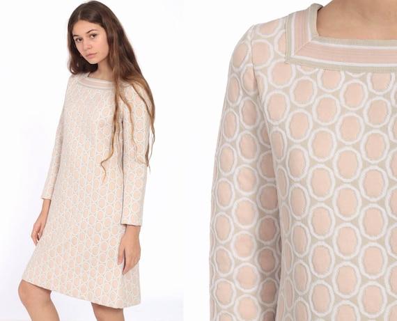 Geometric Mod Dress 70s Mini Dusty Pink Boho Hippie Op Art Gogo Minidress Shift Dress Long Sleeve Vintage 1970s Twiggy Small
