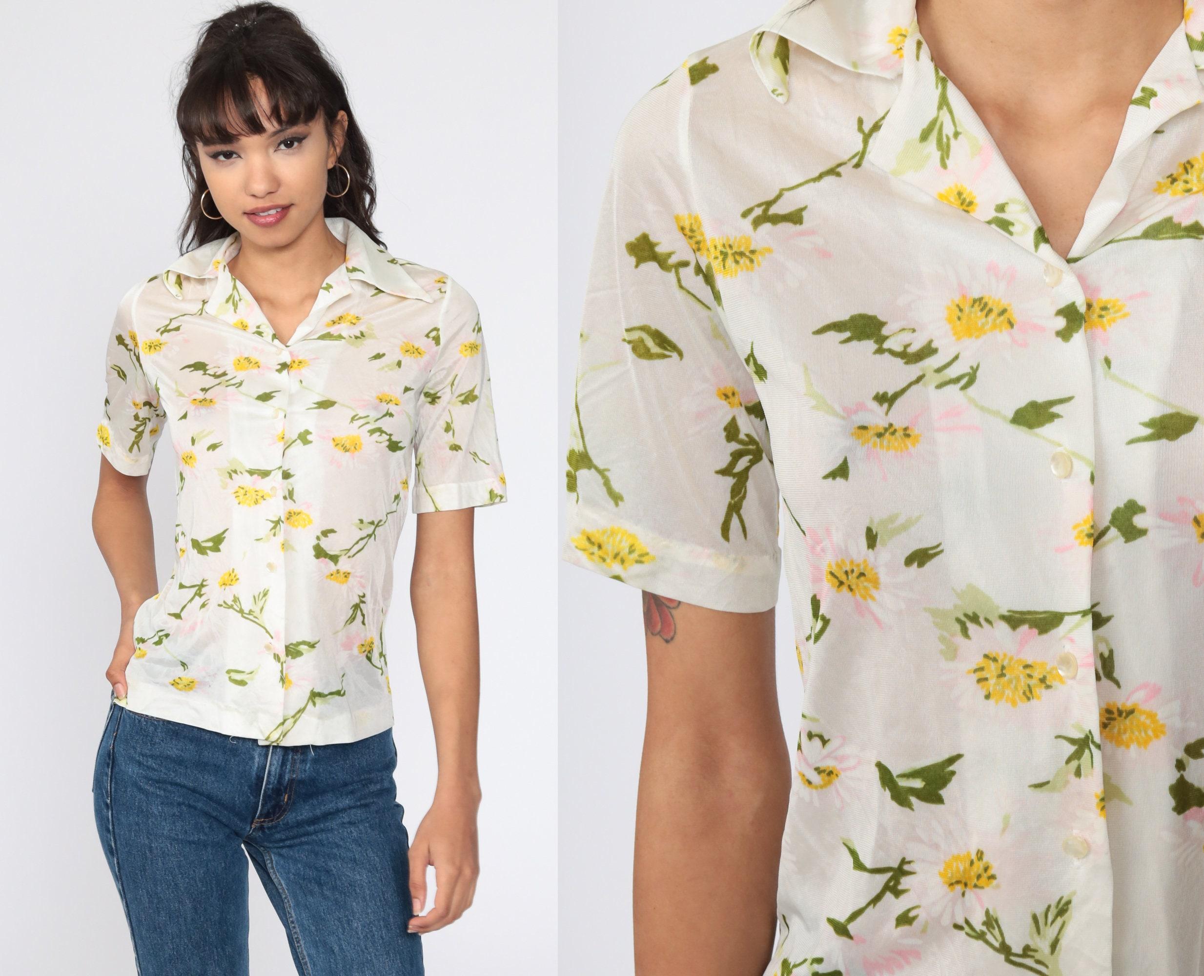 Medium . Vintage button front blouse floral print Small
