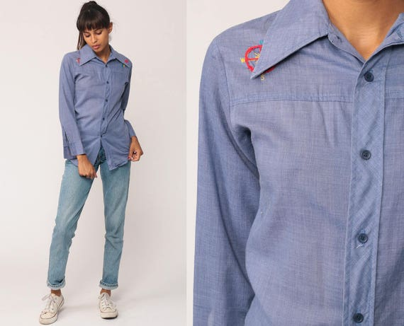 Chambray Shirt 70s Western Embroidered COMPASS Boho Denim-Look Button Up Top 1970s Vintage Hipster Long Sleeve Blue Jean Extra Small xs