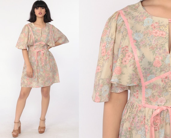 Flutter Sleeve Dress 70s FLORAL Babydoll Summer Mini Bohemian Empire Waist Angel Sleeve 1970s Vintage Boho MiniDress Tan Pink Small