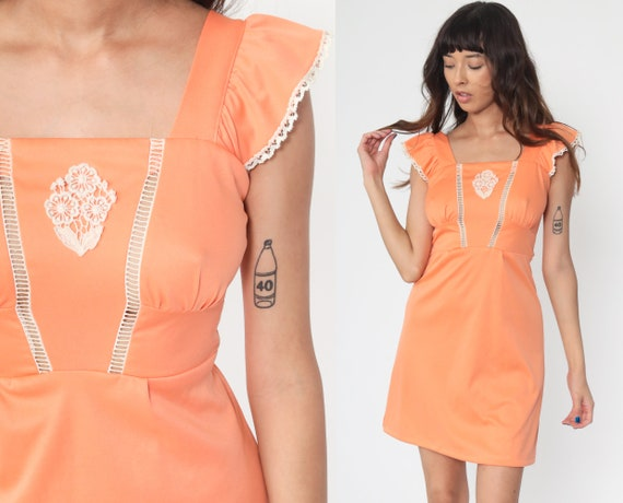 Peach Babydoll Dress 70s Boho Mini FLUTTER SLEEVE Cutout Dress Lace 1970s Vintage Empire Waist Bohemian Dolly Minidress Extra Small xs