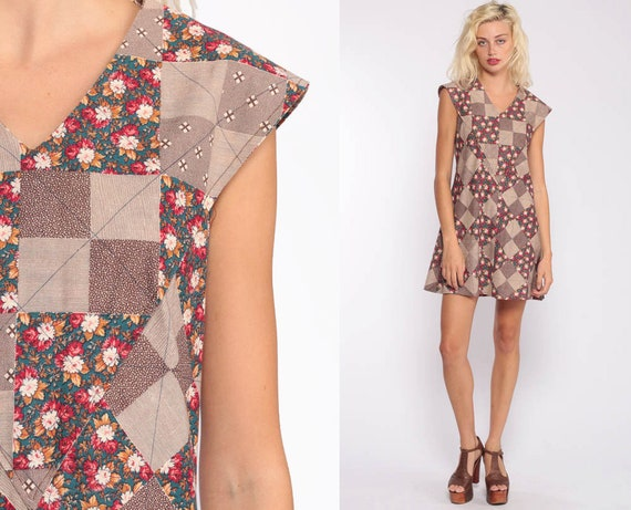 Boho Dress 70s Mini PATCHWORK Print Brown Floral Dress Mod 1970s Bohemian Hippie Dress Shift Vintage Cap Sleeve Extra Small xs