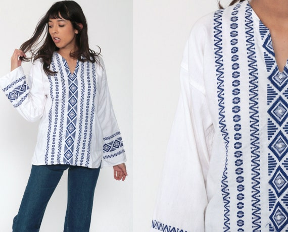 White Hippie Shirt Embroidered Top Aztec Mexican Blouse Tunic Shirt Tribal Bohemian Vintage Boho Ethnic Guatemalan Small Medium