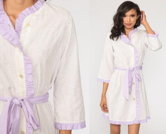 EYELET Lace Dress 70s Mini White Cut Out Minidress Button up Shift Boho Cutout Lounge Dress Day 1970s Vintage Bohemian Medium