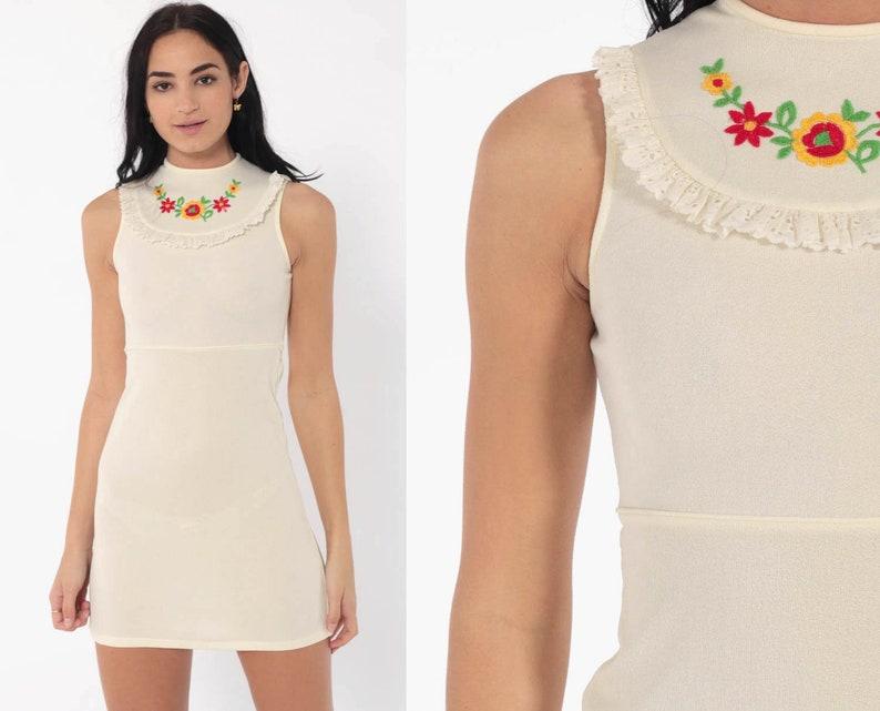f88f28731e66b Mod Mini Dress xxs 70s EMBROIDERED Bib Cream 60s Twiggy Shift | Etsy